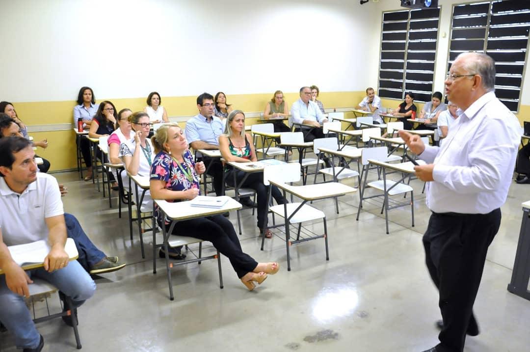 Quantum Grupo promove palestra sobre eSocial na FIEC